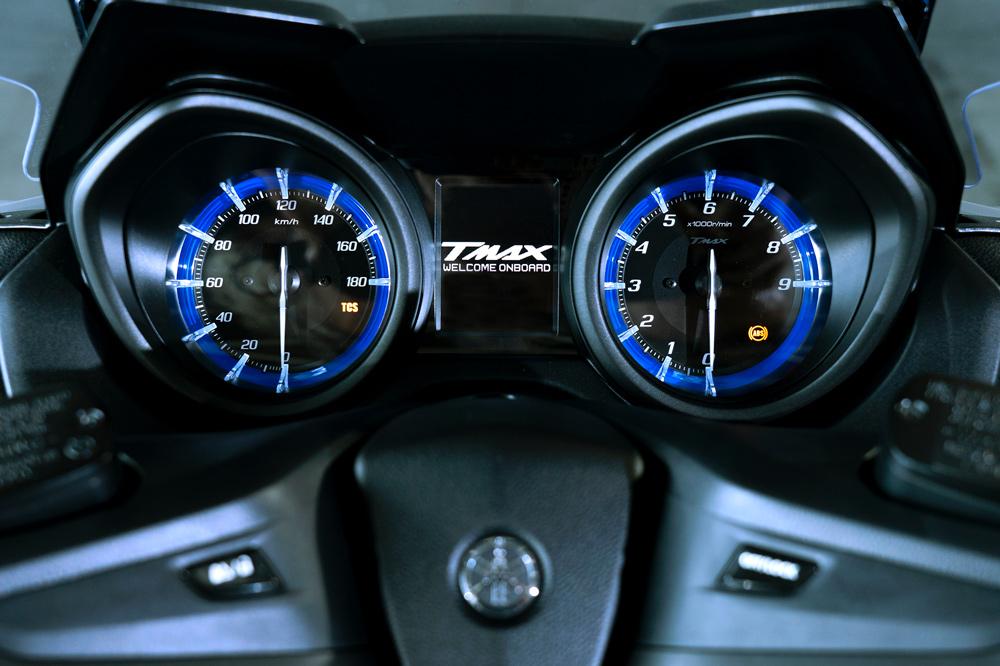 Cuadro de instrumentos del Yamaha T Max 560 2020