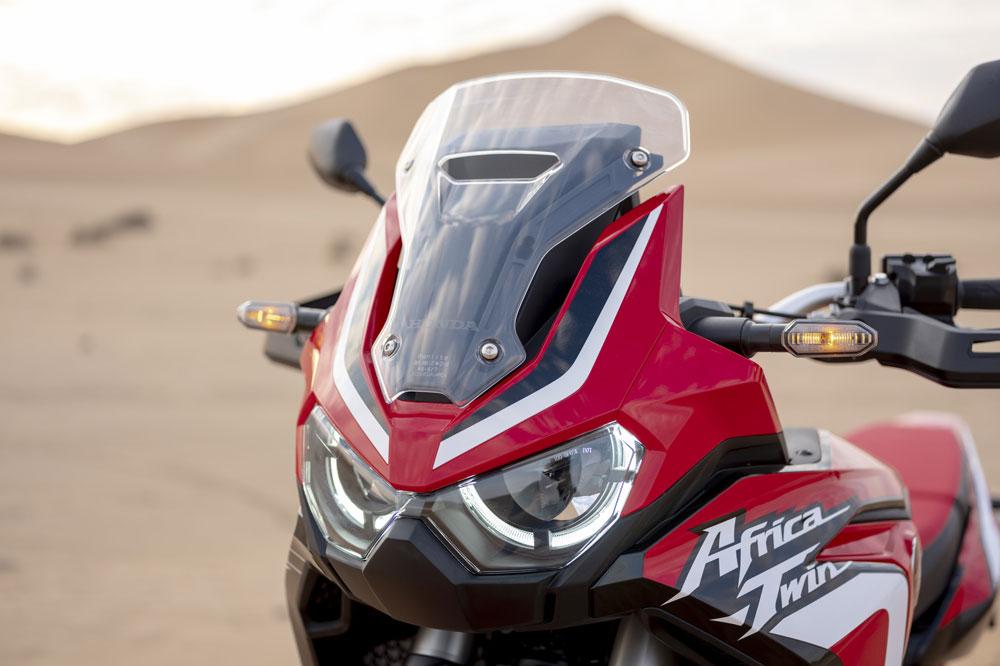 Nuevo doble faro delantero de la Honda Africa Twin 2020