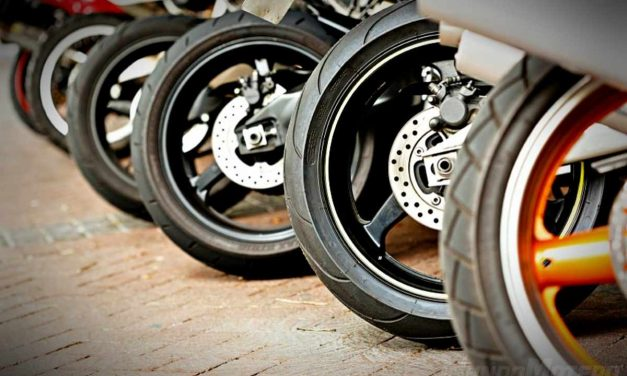 ¿Cuándo cambiar los neumáticos de la moto?