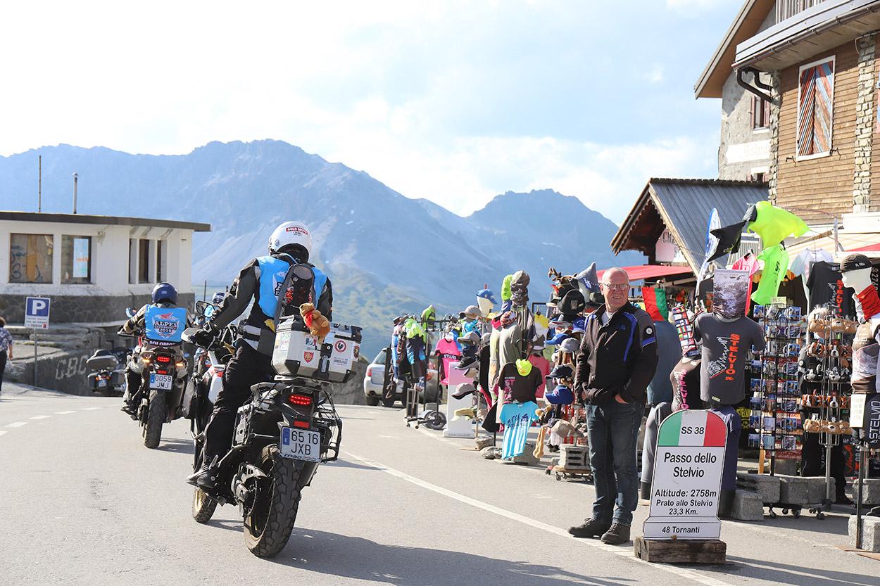 Ruta motera en Los Alpes